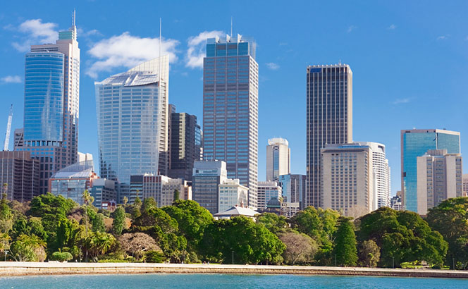 Dentons gets even more polycentric with seven-way tie-up and Australia hires