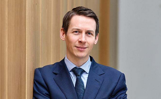 Booth takes on new role at The Crown Estate as Cheffings named interim head of legal