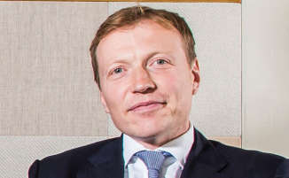 Apollo hamstrung as Freshfields helps Berry complete eleventh-hour bid for UK plastics group